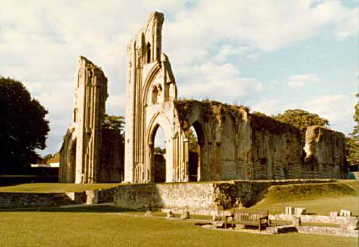 glastonburyabbey79