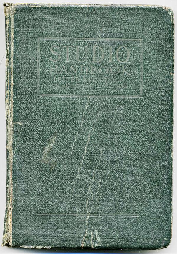 Studio-book-000