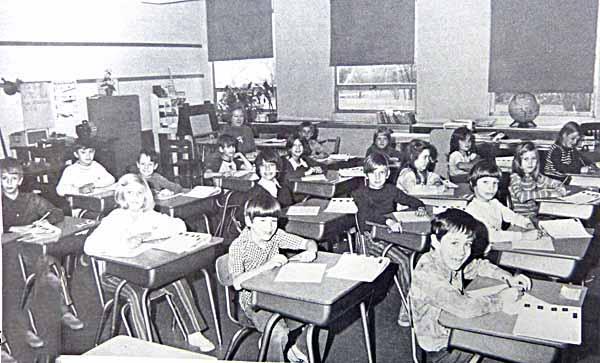 3rdGradeClassroom1973