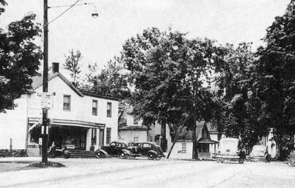 PluckeminGeneralStore1940