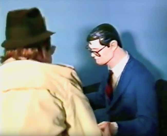 Jack Ryder and Clark Kent statue